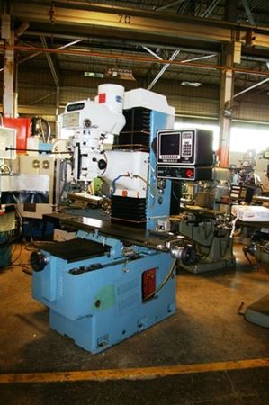 Picture for category CNC Vertical Mills w/o Changers