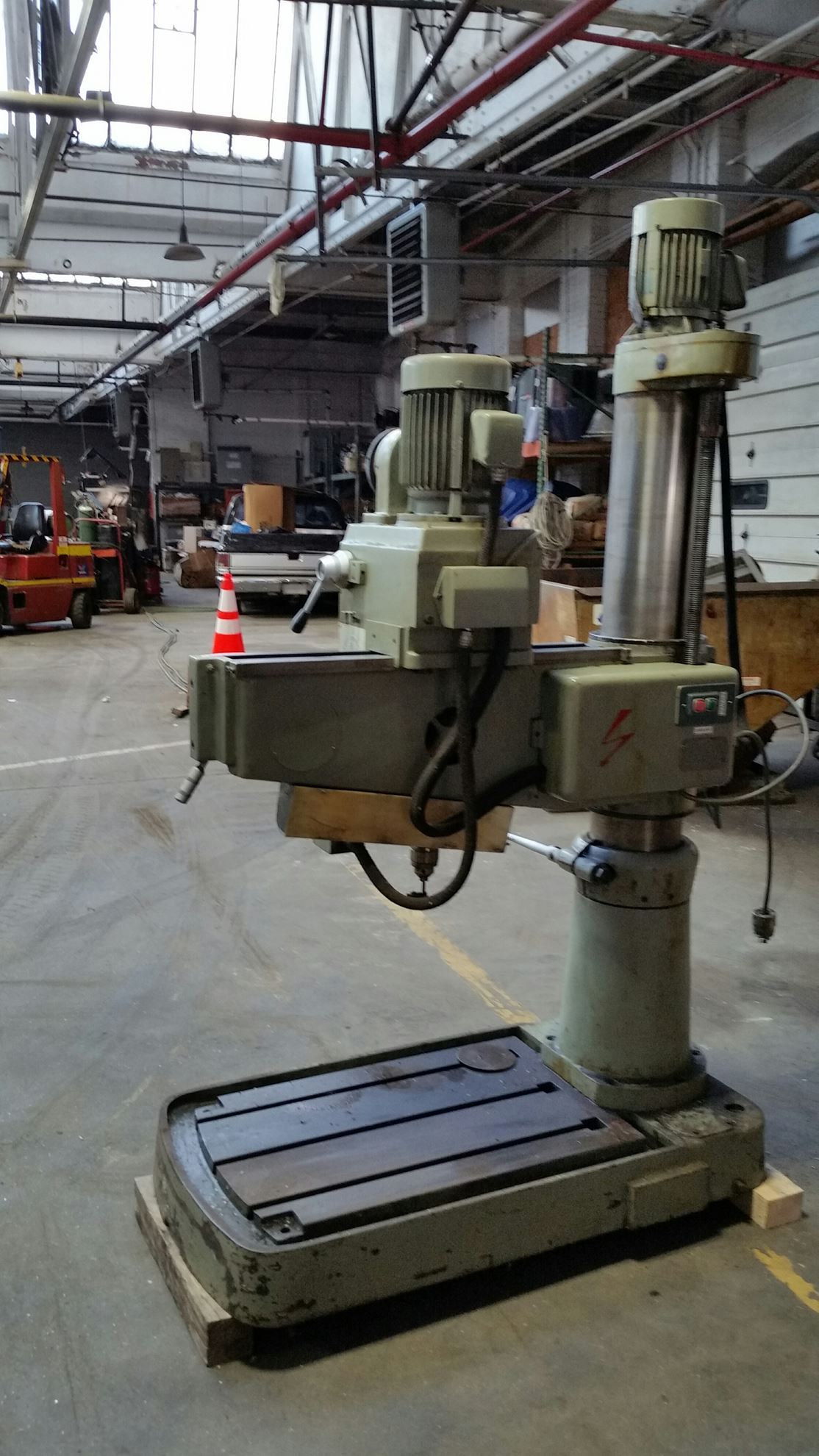"""60596 - 28"""" X 8"""" SELECT RADIAL DRILL"""