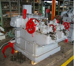 "Picture of 60612 - 1-1/2"" LANDIS DOUBLE SPINDLE LEADSCREW THREADING MACHINE"