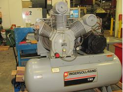 Picture of 60556 - 20 HP INGERSOLL RAND T30 TWO STAGE AIR COMPRESSOR